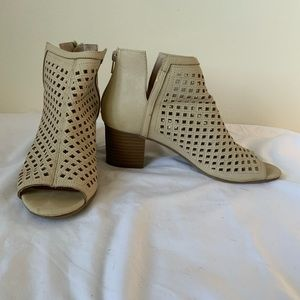 Rampage Rylee Open Toe Booties